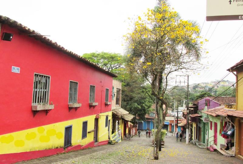 Conheça Embu, a terra das Artes
