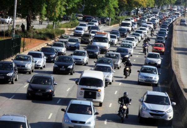 Confira o movimento nas estradas no feriado de aniversário de São Paulo, na sexta-feira (25)