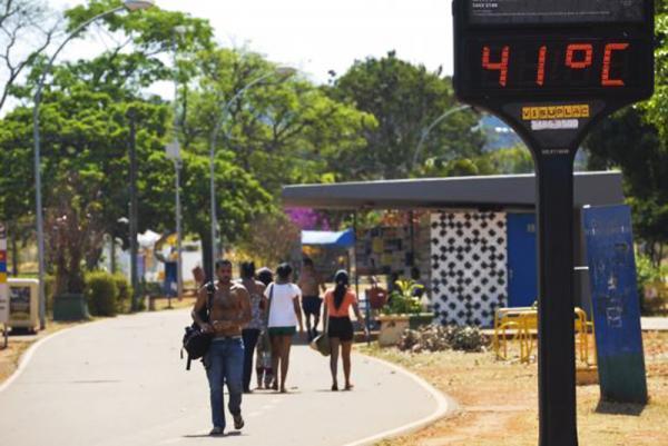 Ondas de calor registradas neste verão devem diminuir em fevereiro, prevê Inmet