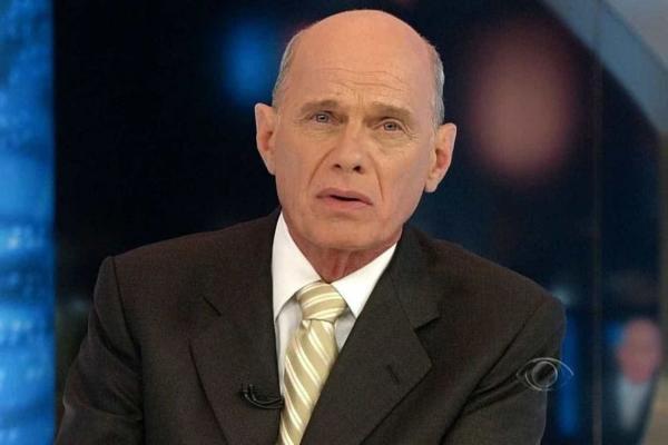 """Presidente Jair Bolsonaro escreveu no Twitter: """"É com pesar que recebo a triste notícia do falecimento do jornalista Ricardo Boechat"""