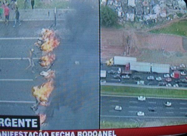 Manifestação que reivindica moradias fecha Rodoanel em São Paulo