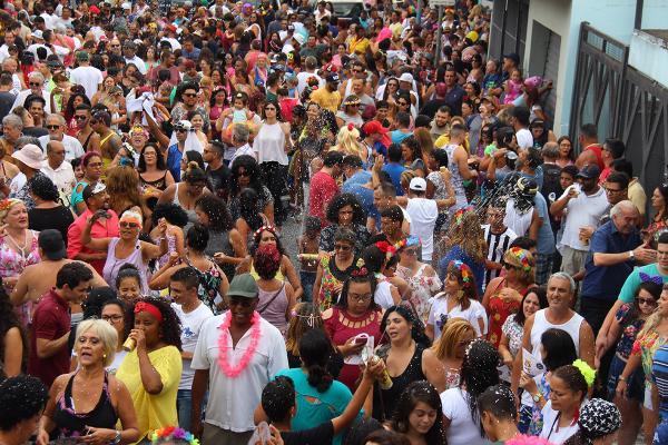 Taboão da Serra: Banda Espera Marido abre pré-carnaval 2019 sábado, 23