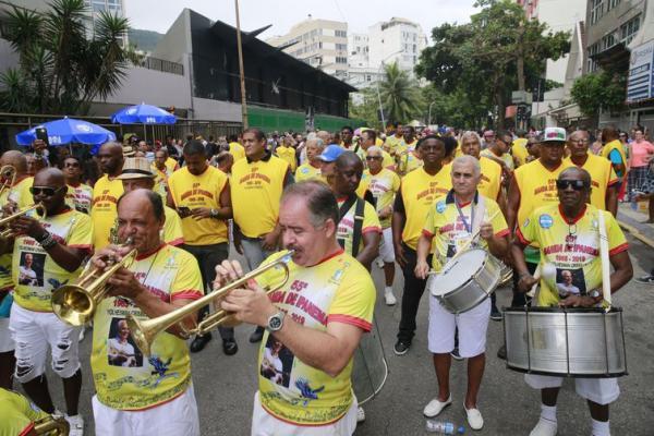 Banda de Ipanema comemora 55 anos e homenageia Paulinho da Viola