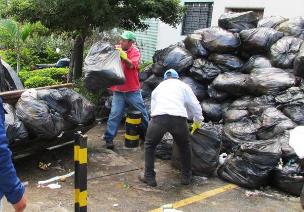 Estudo mostra que o Brasil é o 4º país que mais produz lixo no mundo
