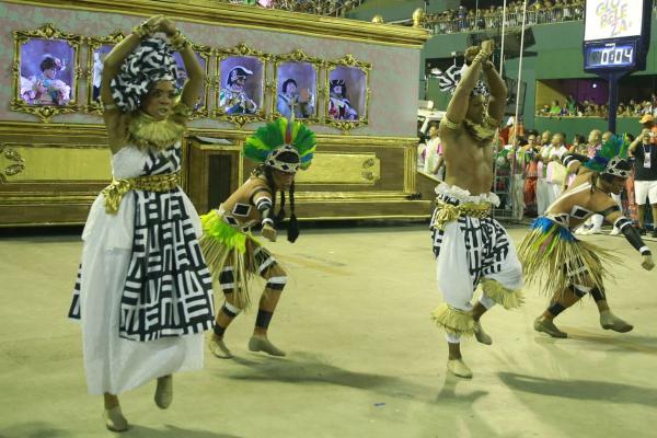 Rio de Janeiro: Mangueira é a campeã do carnaval carioca de 2019
