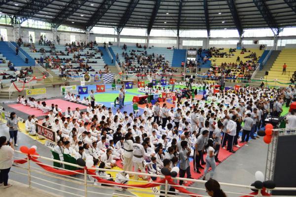 Itapecerica da Serra sedia Campeonato Paulista de Taekwondo