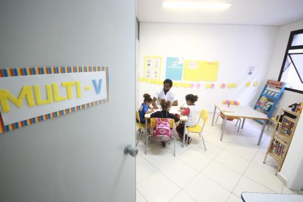 Prefeito Fernando Fernandes entrega equipamentos educacionais no sábado, 16
