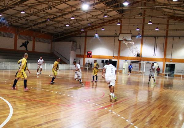 Campeonato Municipal de futsal 1ª divisão tem inicio neste domingo 17, em Taboão da Serra