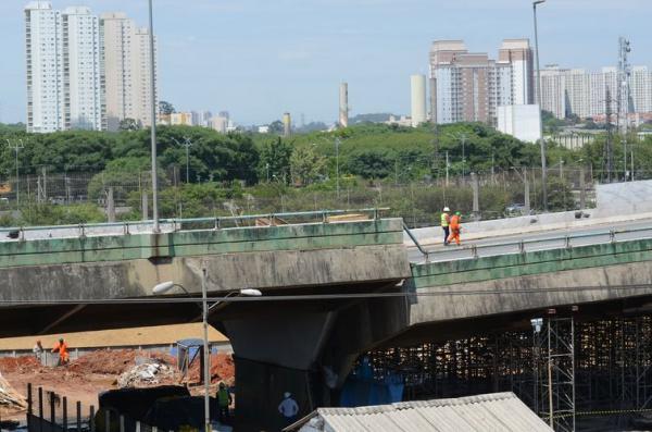 Viaduto da Marginal Pinheiros está liberado ao tráfego desde sábado, 16