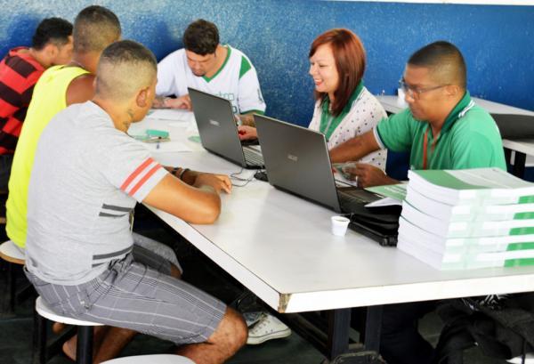 Cadastro Único é realizado pela prefeitura de Itapecerica na Comunidade Conquista
