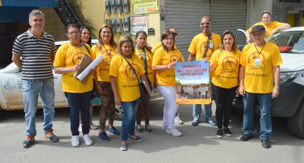 Ação preventiva contra o mosquito da dengue é realizada pela Prefeitura de Itapecerica