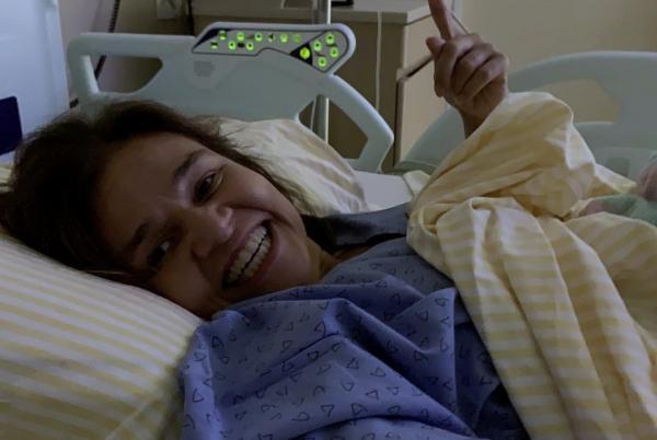 Em recuperação, atriz Claudia Rodrigues manda mensagem de agradecimento aos fãs