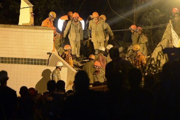 Sobe para sete o número de mortos no desabamento no Rio de Janeiro