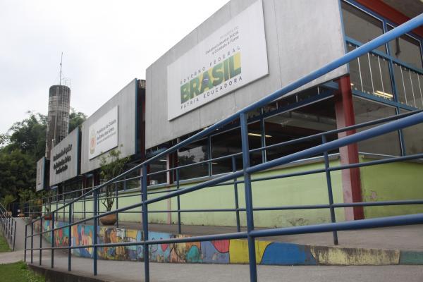 Almoço do Restaurante Popular de Embu das Artes terá lagarto recheado dia 25/4