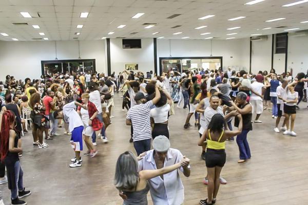 Samba Rock Fest agitou e animou o público em Taboão da Serra