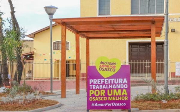 Prefeito de Osasco Rogério Lins entrega praça revitalizada no Jardim D'Abril