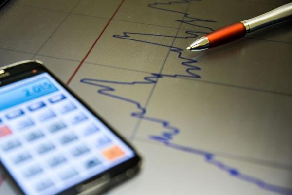 Pela 12ª vez, projeção de crescimento é reduzida pelo mercado financeiro