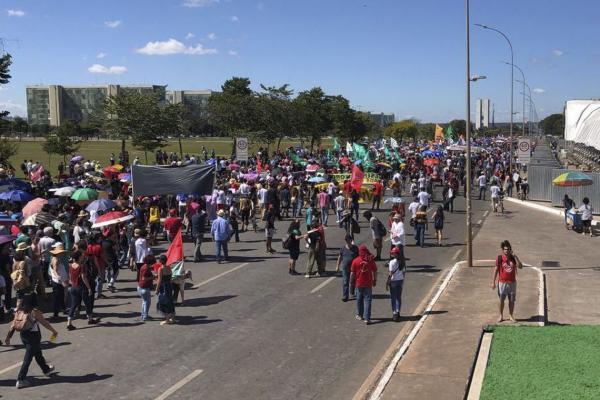 Veja como foi o segundo dia de manifestação por mais verbas para universidades