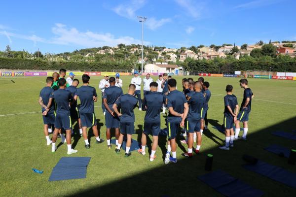 Seleção Olímpica: grupo completo na França para o torneio Maurice Revello