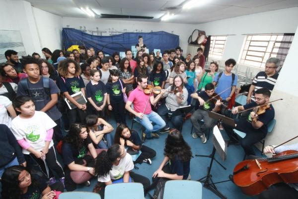 Inscrições abertas em Taboão da Serra para cursos de instrumentos musicais