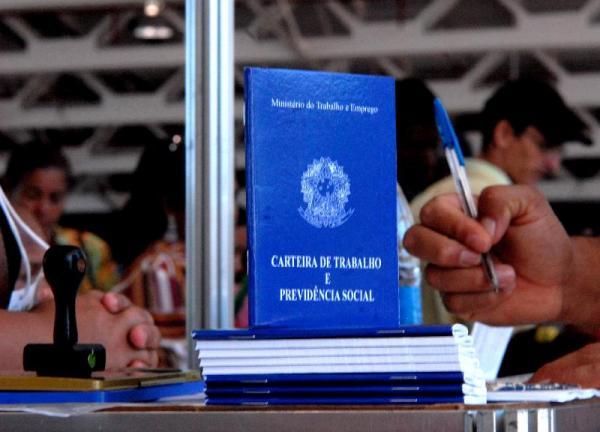 Divulgadas 222 vagas de emprego em Taboão da Serra e região