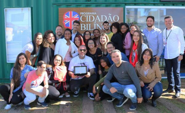 Itapecerica da Serra: Chef Henrique Fogaça, jurado Master Chef participa de aula do Cidadão Bilingue