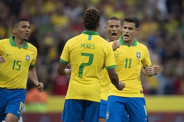 Brasil se prepara para enfrentar o Paraguai nas quartas da Copa América