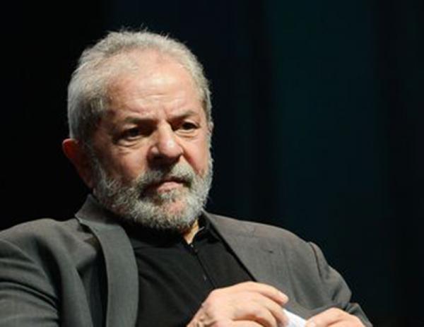 Segunda Turma do STF nega liberdade a Lula por 3 votos a 2