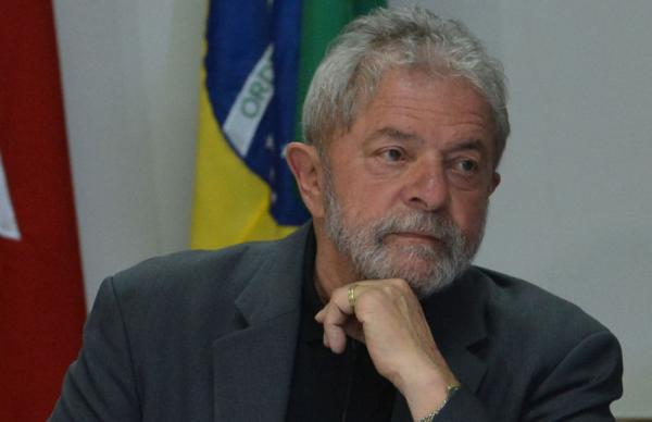 Presidente do TRF-4 determina que o ex-presidente Lula continue preso