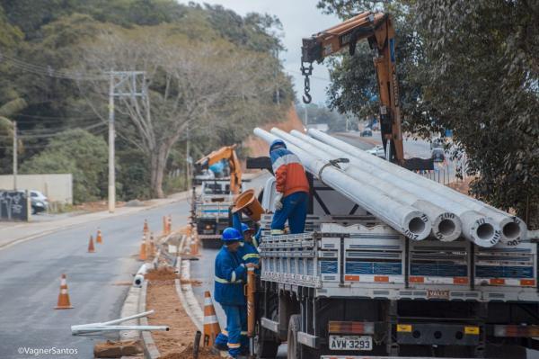 Prefeitura de Cotia avança com obras na Estrada de Caucaia
