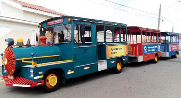 São João da Boa Vista SP : Trenzinho gratuito leva população para conhecer pontos turísticos da cidade