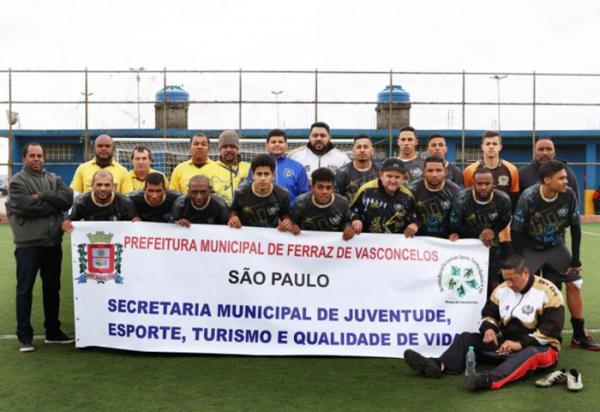 Ferraz de Vasconcelos promove início de campeonato de futebol da primeira divisão - Foto: Aurélio Alves – MTB: 85280 / SP / DeCom Ferraz