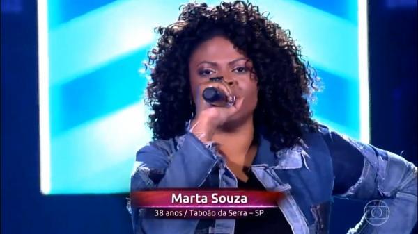 Cantora de Taboão da Serra, Marta Souza, arrasa no The Voice Brasil, da Globo