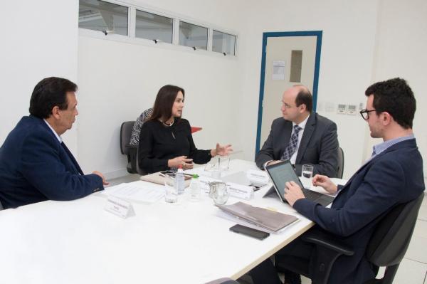Deputada Analice anuncia mudanças na educação estadual da região