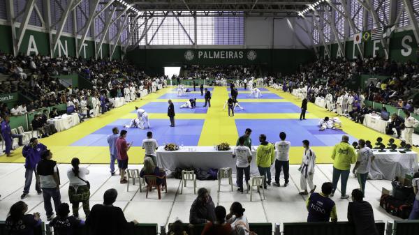 Judocas de Taboão da Serra conquistam duas medalhas no 51° Torneio Periquito