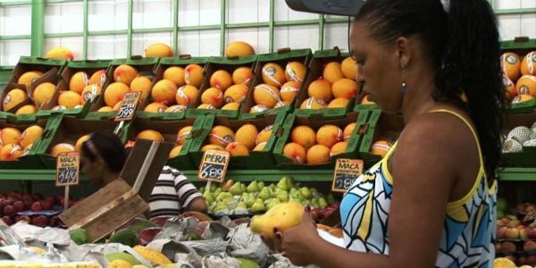 Ingestão de alimentos saudáveis é essencial para a saúde durante os meses mais frios do ano - Foto: Ag.Br