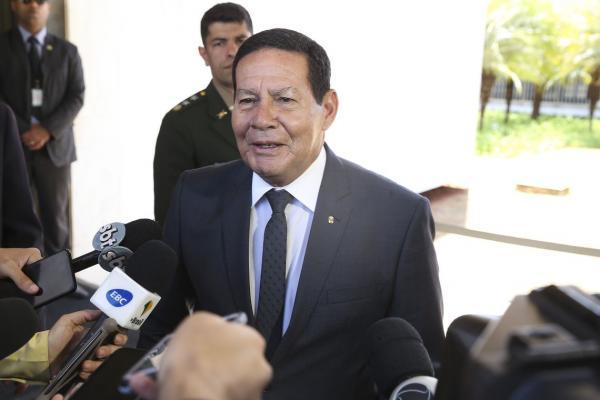 É o presidente que decide, diz Mourão sobre novo imposto