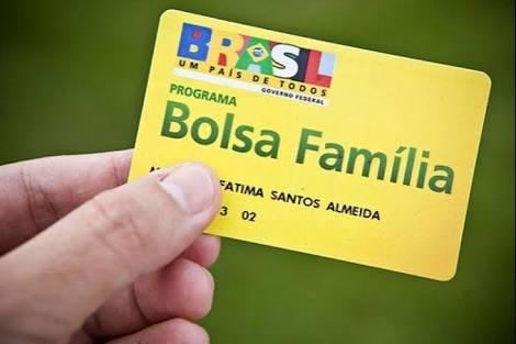 Bolsa Família com reajuste de quase 6% começa a ser pago nesta quarta