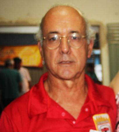 """Jornalista Gilberto Lobato lança livro """"Os Loucos de São Paulo"""""""