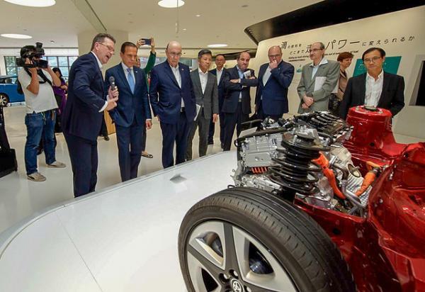 São Paulo : Toyota anuncia investimento de R$ 1 bilhão no Estado