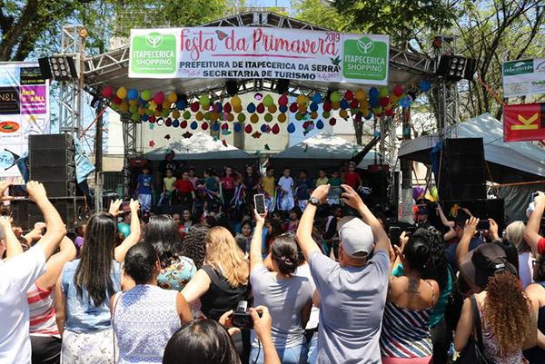 Itapecerica da Serra : Festa da Primavera foi realizada com muitas atrações