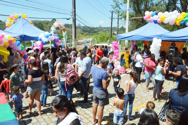 Itapecerica da Serra SP : Unidade de saúde da família comemora o Dia das Crianças no Potuverá