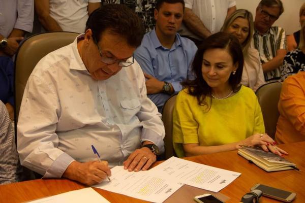 Anúncio das emendas foi feito na manhã desta quarta-feira, 30, no gabinete do prefeito. Foto: Ricardo Lima