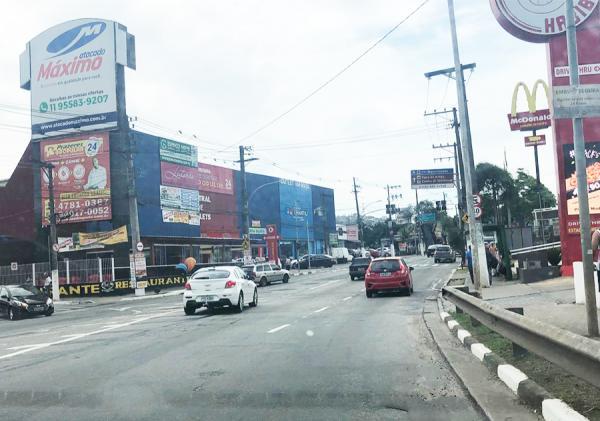 Embu das Artes : Av. Elias Yasbek tem alterações viárias devido ao grande tráfego nos horários de pico - Jornal SP Repórter News