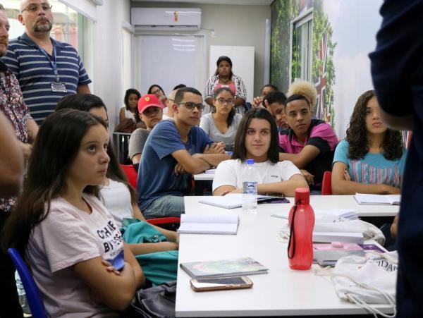 Há 42 minutos Famoso visita Itapecerica da Serra; Saiba o porquê - Jornal SP Repórter News