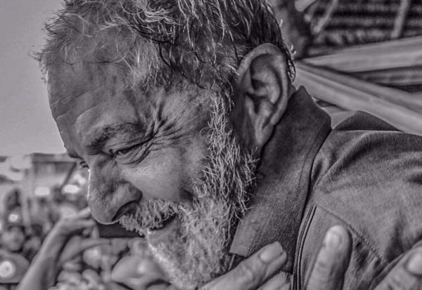 Juiz autoriza Lula ser solto