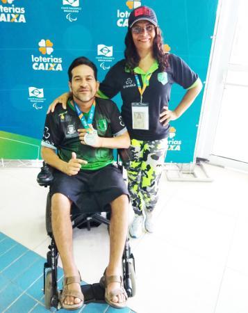 Taboão da Serra : André Torres conquista medalha de prata no Circuito Loterias Caixa de Natação
