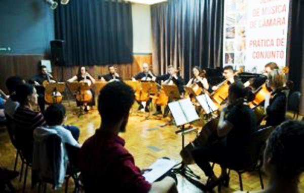 Projeto Música na Praça recebe neste sábado a Orquestra Jovem de Violoncelos de Tatuí