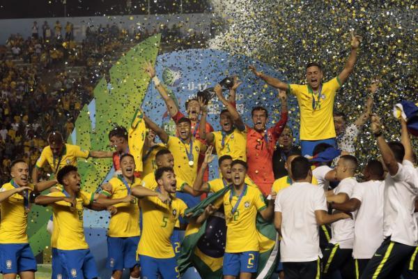 Brasil vence o México e é campeão da Copa do Mundo Sub-17