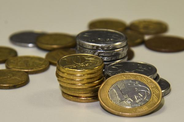 Restituições do 6º lote do Imposto de Renda são pagas nesta segunda-feira, 18